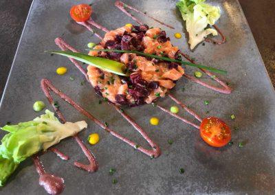 Tartare ceviche au saumon et saté rouge